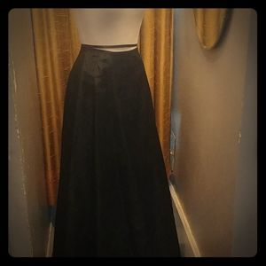 Black taffeta crinolined skirt